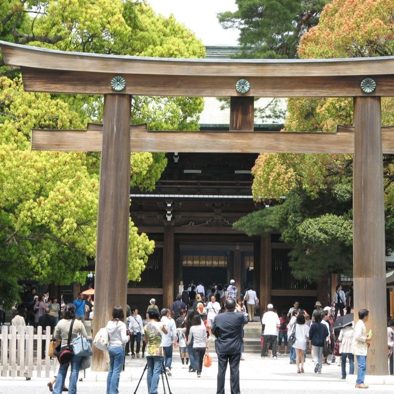 Главный столичный синтоистский храм - Мэйдзи Дзингу; Токио