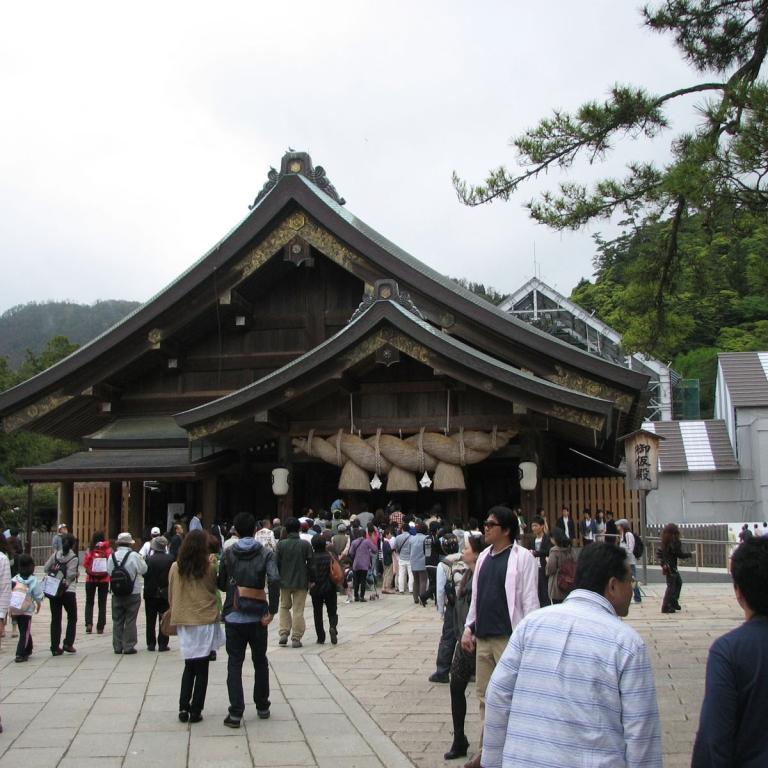 Один из самых популярных японских храмов - Идзумо Тайся; Симанэ