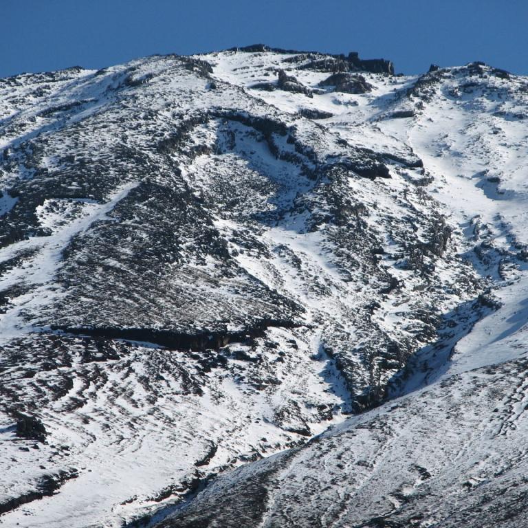 Вершина Фудзи в ноябре; Яманаси